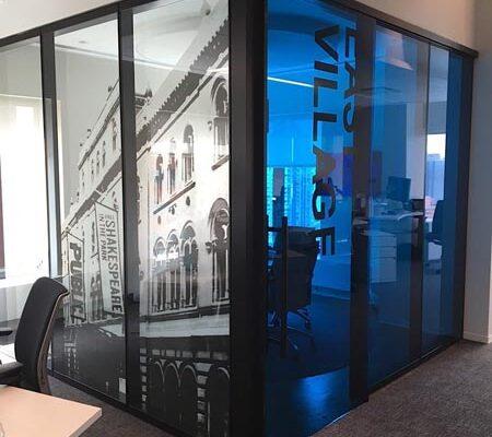 InteriorEnvironments_WindowGraphics_Bankrate-CHB_5_Web